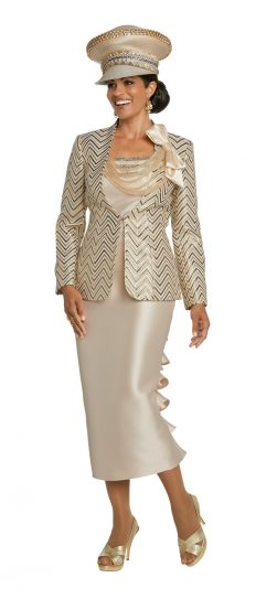 Donnavinci,5633, champagne skirt suit